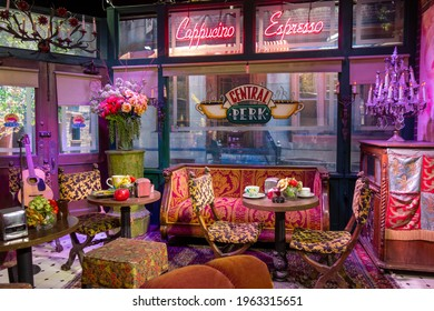 Los Angeles, CA  USA - January 2017:  Getting to know the central Perk during the Warner Bros studio tour