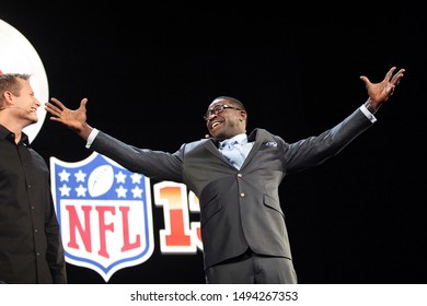 Los Angeles, CA/ USA- June 4, 2012: Former NFL player Michael Irvin speaks about 'Madden 13' during the 2012 Electronic Arts EA E3 press conference at the Orpheum Thester.