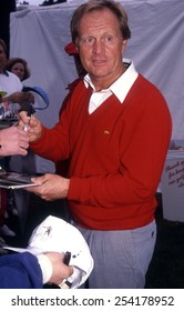 Los Angeles, California - exact date unknown - circa 1990 - Jack Nicklaus signing autographs at a celebrity event