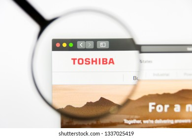 Los Angeles, California, USA - 12 March 2019: Illustrative Editorial, Toshiba website homepage. Toshiba logo visible on display screen