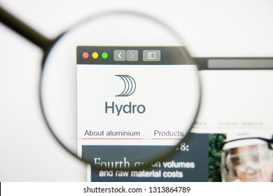 Los Angeles, California, USA - 14 February 2019: Norsk Hydro website homepage. Norsk Hydro logo visible on display screen.