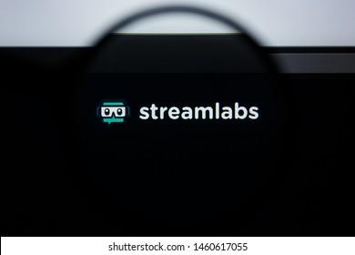 Juul Labs Images, Stock Photos & Vectors | Shutterstock
