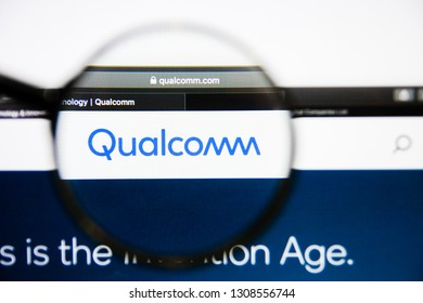 Los Angeles, California, USA - 25 January 2019: Qualcomm website homepage. Qualcomm logo visible on display screen.