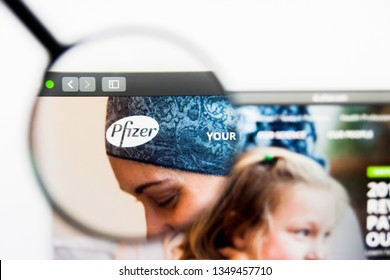 Los Angeles, California, USA - 25 March 2019: Illustrative Editorial of Pfizer website homepage. Pfizer logo visible on display screen.