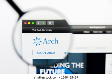Los Angeles, California, USA - 25 March 2019: Illustrative Editorial of Arch Capital Group website homepage. Arch Capital Group logo visible on display screen.