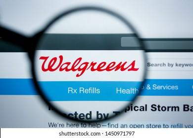 Los Angeles, California, USA - 25 June 2019: Illustrative Editorial of walgreens website homepage. walgreens logo visible on display screen.
