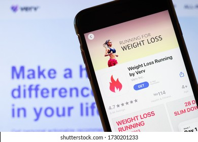 Los Angeles, California, USA - 26 March 2020: Weight Loss Running by Verv app logo on phone screen close up with website on background with icon, Illustrative Editorial.