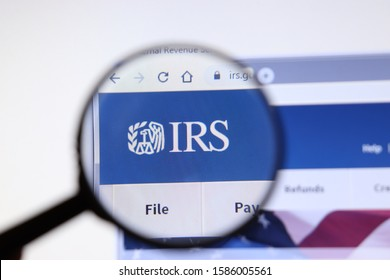 Los Angeles, California, USA - 3 December 2019: IRS website page. Irs.gov logo on display screen, Illustrative Editorial.