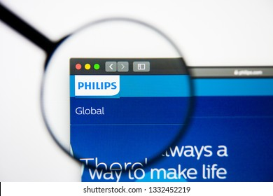 Los Angeles, California, USA - 5 March 2019: Philips website homepage. Philips logo visible on display screen, Illustrative Editorial