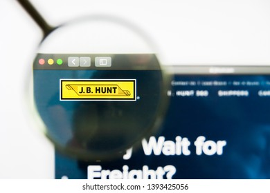 Los Angeles, California, USA - 8 April 2019: Illustrative Editorial of J.B. Hunt Transport Services website homepage. J.B. Hunt Transport Services logo visible on display screen.