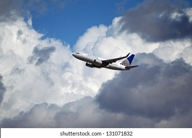 LOS ANGELES, CALIFORNIA, USA - MARCH 8, 2013 - United Airlines Boeing 737 takes off from Los Angeles Airport on March 8, 2013. The plane has a range of 6,340 miles with 177 seats.