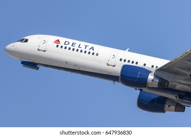 Los Angeles, California, USA - March 10, 2010: Delta Airlines Boeing 757 taking off from Los Angeles International Airport.