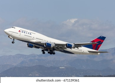 Los Angeles, California, USA - March 10, 2010:  Delta Air Lines Boeing 747 Jumbo Jet taking off from Los Angeles International Airport.