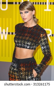 LOS ANGELES, CA/USA - AUGUST 30 2015: Taylor Swift attends the 2015 MTV Video Music Awards at Microsoft Theater.