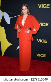 """LOS ANGELES - DEC 11:  Amy Adams arrives to """"Vice"""" World Premiere  on December 11, 2018 in Hollywood, CA"""