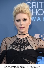 LOS ANGELES - DEC 11:  Katheryn Winnick arrives to the Critics' Choice Awards 2016 on December 11, 2016 in Hollywood, CA