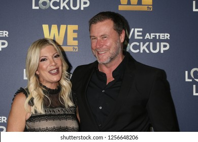 LOS ANGELES - DEC 11:  Tori Spelling, Dean McDermott at the WE tv's Real Love:  Relationship Reality at the Paley Center for Media on December 11, 2018 in Beverly Hills, CA