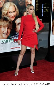 """LOS ANGELES - DEC 13:  Corrine Olympios at the """"Father FIgures"""" Premiere at TCL Chinese Theater IMAX on December 13, 2017 in Los Angeles, CA"""
