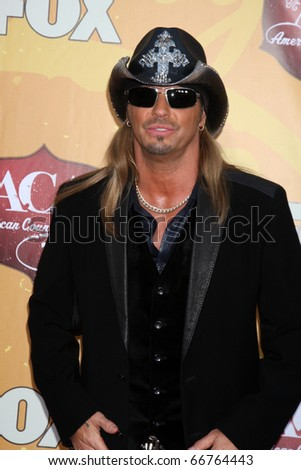 2613c7bb9f752 LOS ANGELES - DEC 6  Bret Michaels arrives at the 2010 American Country  Awards at