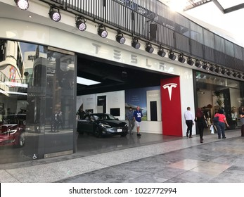 LOS ANGELES, DEC 9, 2017: Customers are leaving the Tesla dealership inside the Westfield Century City shopping mall. CEO Elon Musk's company has been plagued by production delays.