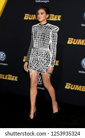 """LOS ANGELES - DEC 9:  Hailee Steinfeld at the """"Bumblebee"""" World Premiere at the TCL Chinese Theater IMAX on December 9, 2018 in Los Angeles, CA"""