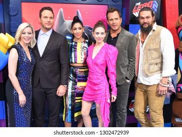 "LOS ANGELES - FEB 02:  Elizabeth Banks, Chris Pratt, Stephanie Beatriz, Alison Brie, Will Arnett, Jason Momoa arrives ""The LEGO Movie 2: The Second Part"" World Premiere February 02, 2019 in Westwood"