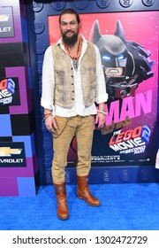"""LOS ANGELES - FEB 02:  Jason Momoa arrives to """"The LEGO Movie 2: The Second Part"""" World Premiere on February 02, 2019 in Westwood, CA"""