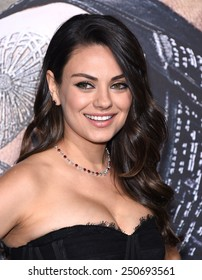 """LOS ANGELES - FEB 02:  Mila Kunis arrives to the """"Jupiter Ascending"""" Los Angeles Premiere  on February 2, 2015 in Hollywood, CA"""