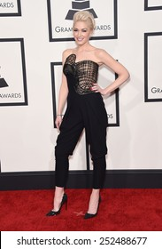 LOS ANGELES - FEB 08:  Gwen Stefani arrives to the Grammy Awards 2015  on February 8, 2015 in Los Angeles, CA