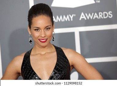 LOS ANGELES - FEB 10:  Alicia Keys arrives to the 2013 Grammy Awards  on February 10, 2013 in Hollywood, CA