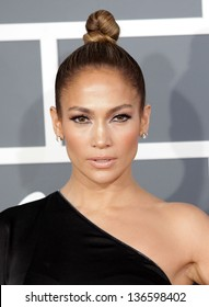 LOS ANGELES - FEB 10:  Jennifer Lopez arrives to the Grammy Awards 2013  on February 10, 2013 in Los Angeles, CA.