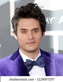 LOS ANGELES - FEB 10:  John Mayer arrives to the 2013 Grammy Awards  on February 10, 2013 in Hollywood, CA