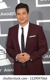 LOS ANGELES - FEB 10:  Mario Lopez arrives to the 2013 Grammy Awards  on February 10, 2013 in Hollywood, CA