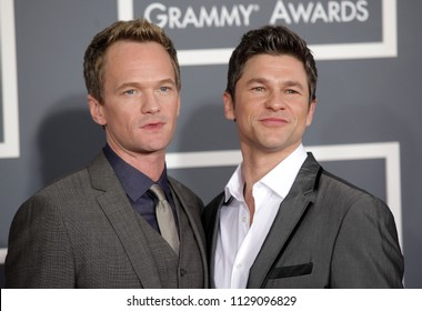 LOS ANGELES - FEB 10:  Neil Patrick Harris & David Burtka arrives to the 2013 Grammy Awards  on February 10, 2013 in Hollywood, CA