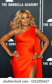 LOS ANGELES - FEB 12: Mary J Blige at the premiere of Netflix's 'The Umbrella Academy' at ArcLight Hollywood on February 12, 2019 in Los Angeles, California,