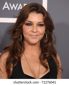 LOS ANGELES - FEB 13: Gretchen Wilson arrives at the 2011 Grammy Awards on February 13, 2011 in Los Angeles, CA