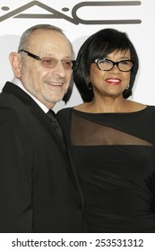 LOS ANGELES - FEB 14: Stanley Isaacs, Cheryl Boone Isaacs at the Make-Up Artists & Hair Stylists Guild Awards at the Paramount Theater on February 14, 2015 in Los Angeles, CA