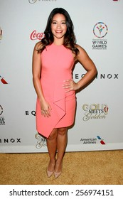 """LOS ANGELES - FEB 21:  Gina Rodriguez at the 3rd """"Gold Meets Golden"""" at the Equinox on February 21, 2015 in West Los Angeles, CA"""