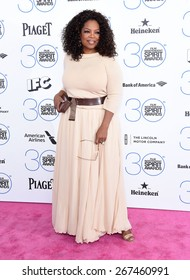 LOS ANGELES - FEB 21:  Oprah Winfrey arrives to the 2015 Film Independent Spirit Awards  on February 21, 2015 in Santa Monica, CA