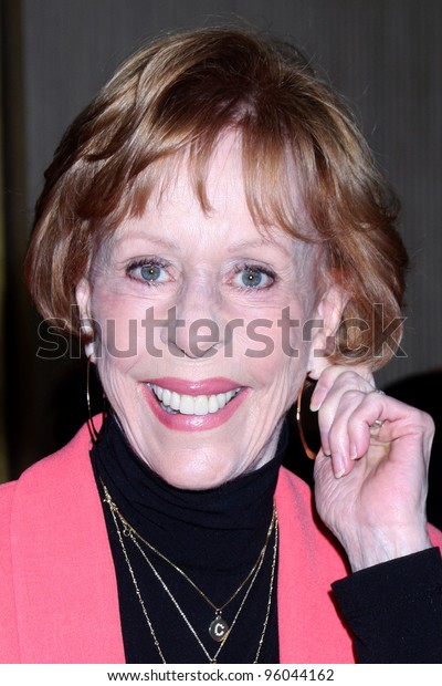 LOS ANGELES - FEB 24:  Carol Burnett arrives at the 49th Annual Publicists Guild Awards Luncheon at the Beverly Hilton Hotel on February 24, 2012 in Beverly Hills, CA.