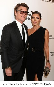 LOS ANGELES - FEB 24:  Harry Hamlin, Lisa Rinna at the Elton John Oscar Viewing Party on the West Hollywood Park on February 24, 2019 in West Hollywood, CA