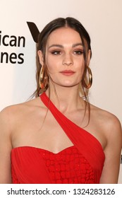 LOS ANGELES - FEB 24:  Sophie Skelton at the Elton John Oscar Viewing Party on the West Hollywood Park on February 24, 2019 in West Hollywood, CA