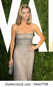 LOS ANGELES - FEB 26:  Brooklyn Decker arrives at the 2012 Vanity Fair Oscar Party  at the Sunset Tower on February 26, 2012 in West Hollywood, CA
