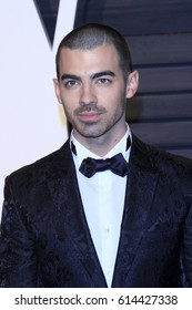 LOS ANGELES - FEB 26:  Joe Jonas at the 2017 Vanity Fair Oscar Party  at the Wallis Annenberg Center on February 26, 2017 in Beverly Hills, CA