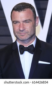 LOS ANGELES - FEB 26:  Liev Schreiber at the 2017 Vanity Fair Oscar Party  at the Wallis Annenberg Center on February 26, 2017 in Beverly Hills, CA