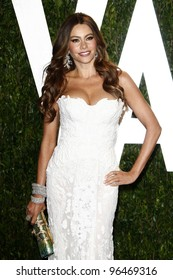 LOS ANGELES - FEB 26:  Sofia Vergara arrives at the 2012 Vanity Fair Oscar Party  at the Sunset Tower on February 26, 2012 in West Hollywood, CA