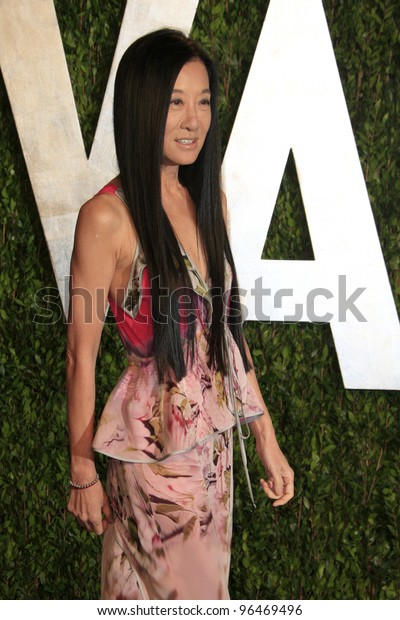 LOS ANGELES - FEB 26:  Vera Wang arrives at the 2012 Vanity Fair Oscar Party  at the Sunset Tower on February 26, 2012 in West Hollywood, CA