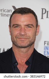 LOS ANGELES - FEB 27:  Liev Schreiber at the 2016 Film Independent Spirit Awards at the Santa Monica Beach on February 27, 2016 in Santa Monica, CA