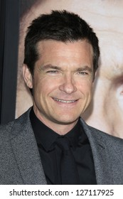 LOS ANGELES - FEB 4: Jason Bateman at the Premiere Of Universal Pictures' 'Identity Theft' on February 4, 2013 in Los Angeles, California