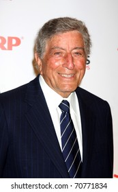 """LOS ANGELES - FEB 7:  Tony Bennett arrives at the 2011 AARP """"Movies for Grownups"""" Gala  at Regent Beverly Wilshire Hotel on February 7, 2011 in Beverly Hills, CA"""